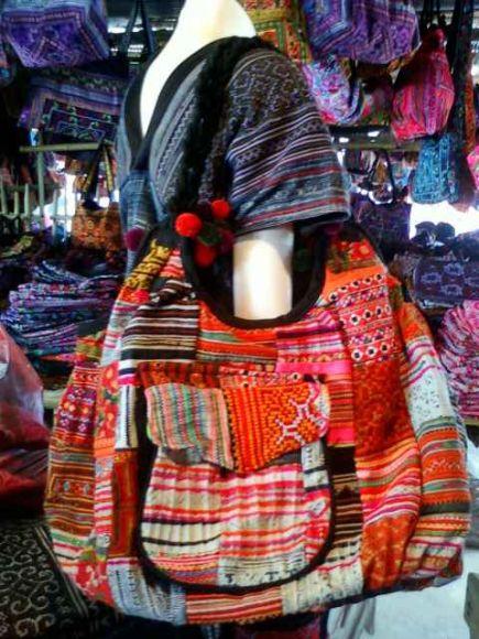 กระเป๋าแม้วสวย ๆ ราคาถูก ขายปลีกและส่งจำนวนมาก สินค้าจากเชียงใหม่นะคะ
