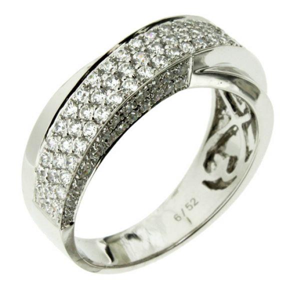 แหวนเพชร Amandas ดีไซน์คลาสสิค จับทุกสายตา