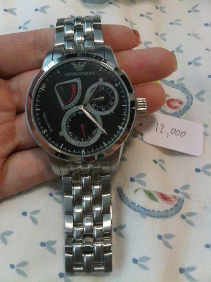 นาฬิกาข้อมือ สายstainless steel ยี่ห้อ Emporio Armani รุ่น AR-4605 มือหนึ่ง ราคา 11500 บาท