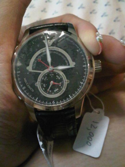 นาฬิกาข้อมือ สายหนัง สีดำ ยี่ห้อ EMPORIO ARMANI รุ่น AR-4612 มือหนึ่ง ราคา 11500 บาท