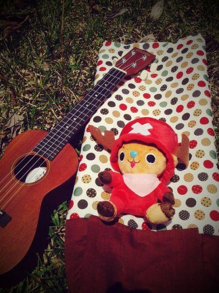 กระเป๋า ukulele น้ำตาล ลายจุด