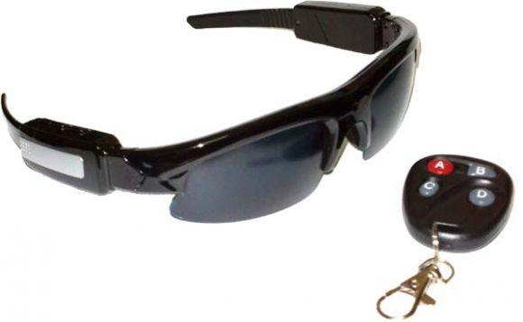 กล้องแว่นกันแดดสังงานด้วยรีโมทไร้สาย ถ่าย VDO ขณะเล่นกีฬา