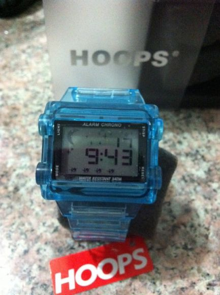 นาฬิกา Hoops