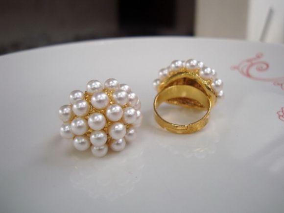 แหวนหัวมุกดีไซน์สุดเก๋ แฟชั่นเกาหลีสไตล์วินเทจ อินเทรนด์ น่ารักมากๆ ค่ะ (1 วง)