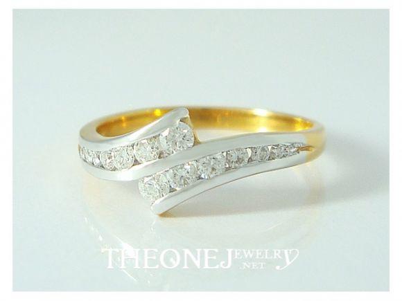 แหวนเพชรเบลเยี่ยมคัท น้ำหนักเพชรรวม 0.30 กะรัต Color 97