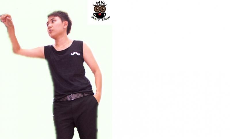 เสื้อกล้ามปักลายหนวด สีดำ