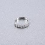 แหวนทองคำขาว 18k gold filled ประดับเพชร CZ สวยหรู น่ารักมากๆ ค่ะ ไซส์ 6 US