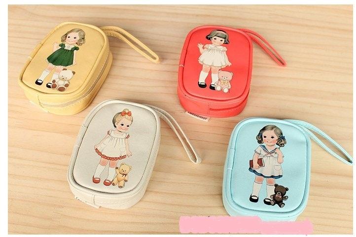กระเป๋าสตางค์ กระเป๋าเครื่องสำอาง กระเป๋าสำหรับใส่มือถือ หนัง PU พิมพ์ลาย baby doll ดีไซน์น่ารัก