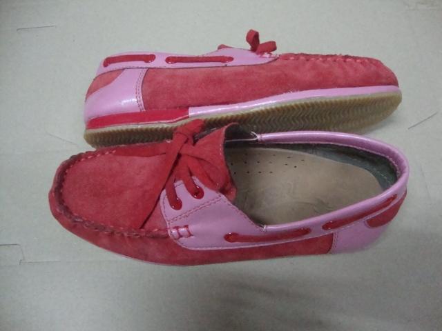 ลดล้างสต็อกรองเท้าม็คกาซีนแฟชั่นสตรีหนังแท้