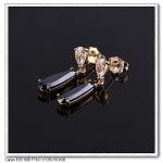 ต่างหูทองคำ 18k Gold Filled ประดับคริสตัลสวารอฟสกี้แท้ มี 2 สีให้เลือกค่ะ