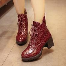 YW5711014 รองเท้าส้นสูงบูทมาร์ติน ลายหนังจระเข้ในยุโรปและอเมริกา (พรีออเดอร์) รอ 3 อาทิตย์หลังโอนเงิ