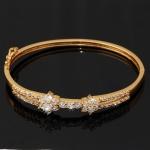 กำไลข้อมือทองคำ 18k gold filled ประดับเพชร CZ ดีไซน์ดอกไม้คู่ สวยมากค่ะ