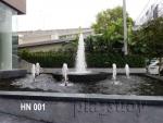 น้ำพุ ฮวงจุ้ย ด้านหน้าโรงแรม 9-41 ริม ถ.พระราม 9