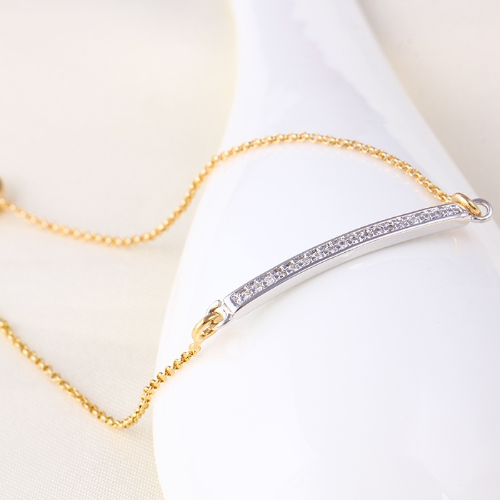 สร้อยข้อมือทองและทองคำขาว 18k gold filled ประดับเพชร CZ น่ารักมากๆ ค่ะ