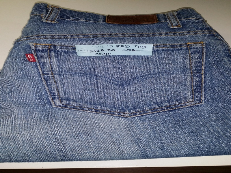 LEVI'S RED TAB SIZE 29