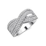 แหวนทองคำขาว 18k white gold ประดับเพชร CZ ดีไซน์ love forever สวยมากค่ะ