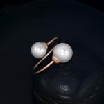 แหวนทองพิ้งโกล์ว 18k pink gold plated ประดับหัวแหวนด้วยมุกสังเคราะห์ ดีไซน์พิเศษทันสมัย ยอดนิยม
