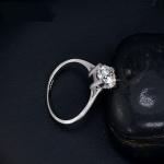แหวนทองคำขาว 18k white gold plated ประดับเพชร CZ ขนาด 1.25 ct. เปล่งประกายสวยหรู