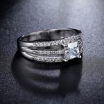 แหวนทองคำขาว 18k white gold plated ประดับเพชร CZ ดีไซน์เก๋