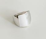 แหวน 18k platinum plated ประดับพลอยสังเคราะห์ สวยหรูคลาสสิค