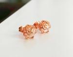 ต่างหูทองพิ้งค์โกล์ว 18k pink gold ประดับเพชร CZ ดีไซน์ดอกกุหลาบ น่ารักมากค่ะ