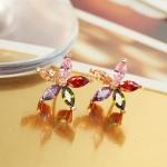ต่างหูทองคำสีชมพู 18k pink gold plated ดีไซน์ดอกไม้ ประดับด้วยคริสตัลแท้สีหวาน สวยน่ารักมากๆ ค่ะ