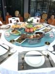 จานหมุนบนโต๊ะอาหาร,วงแหวน,วงกลมหมุน,เรซีซูัซัน,เลซี่ซูซาน,Lazy Susan,Zusan,รุ่น