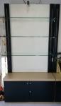 ตู้โชว์ ชั้นวางสินค้า หรือใช้วางของ สภาพใหม่ มีขายึด พร้อม กระจกยาว วาง 3 ชุด ราคาถูก